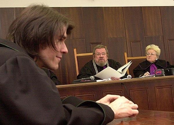 Skazany burmistrz nie może pełnić swojej funkcji nadal - mówi sędzia Stanisław Prutis