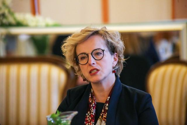 """""""Niczego nie ukrywałam. Szczegóły kontraktu zostały opublikowane w internecie, bo narzuca się na nas taki obowiązek"""" - mówi dyrektor Opery Wrocławskiej Halina Ołdakowska"""