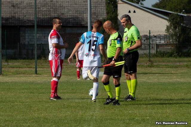 KS Podwolina (biało-czerwone stroje) - Lotnik Turbia