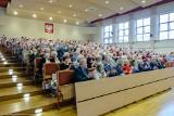 Uniwersytet Trzeciego Wieku w Białymstoku: Seniorzy realizują swoje pasje i marzenia. Czują się młodsi [ZDJĘCIA]