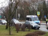 Wypadek przy Rondzie Lussy w Białymstoku: Osobówka potrąciła 71-letnią kobietę na przejściu dla pieszych