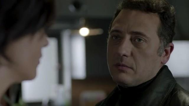"""""""Meandry uczuć"""" odcinek 75. Ryza dostaje się do szpitala i zabija żebraka. Pokazuje Suhan nagranie, dowodzące, że Saliha zabił jej ojciec. Co jeszcze wydarzy się w 75. odcinku serialu """"Meandry uczuć""""?"""