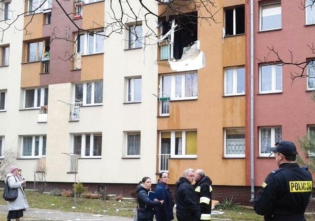 Wybuch na drugim piętrze nie spowodował uszkodzeń w innych mieszkaniach. Ewakuowani lokatorzy wrócili do siebie