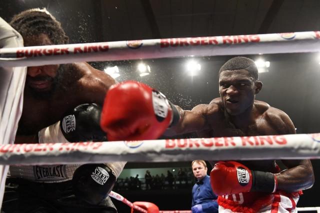 Izu Ugonoh jest 13. pięściarzem wagi ciężkiej według rankingu WBO