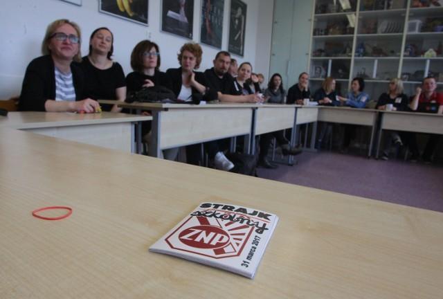Ewentualny strajk miałby się odbyć 8 kwietnia - tuż przed egzaminem gimnazjalnym i ósmoklasisty