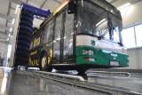 Nowoczesna myjnia dla autobusów i ciężarówek, myje pojazdy tylko jednej firmy  [zdjęcia]