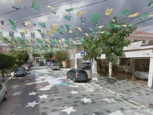 Tak wygląda Rua Itabaiana w Brazylii - przyozdobiona w celu uczczenia Mundialu