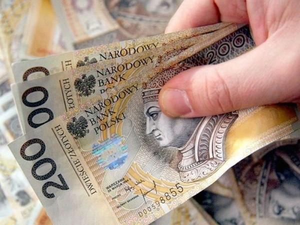 W zachodniopomorskim prawie 487 osób zarabia rocznie ponad milion złotych.