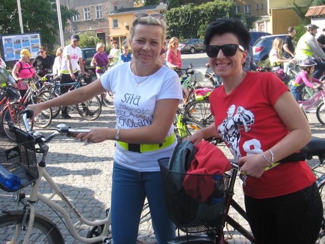 """Dla pań Olgi Chwiałkowskiej i Lidii Denisów udział w akcji """"Dzień bez samochodu"""" to przyjemność."""