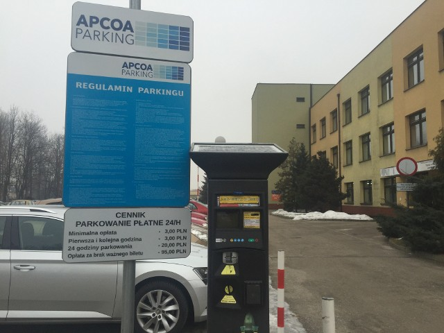 Parking przed szpitalem w Pszczynie jest płatny