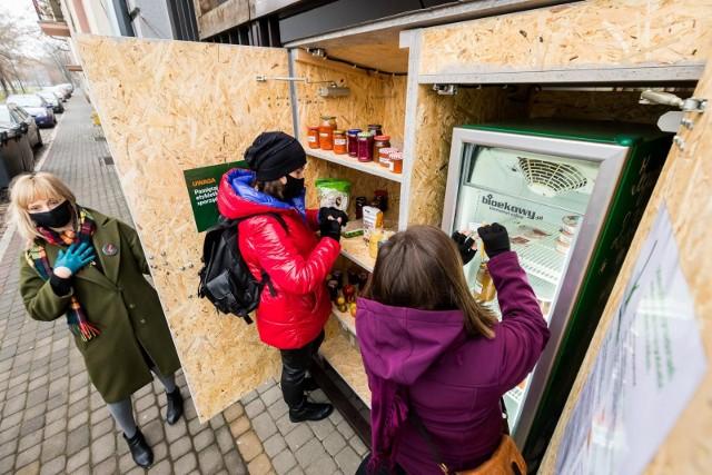 W grudniu 2020 r. WSG uruchomiła pierwszą jadłodzielnię w formule kapsułowej przy ul. Naruszewicza 11, teraz - 8 września - otwiera kolejną przy ul. Obrońców Bydgoszczy 1.
