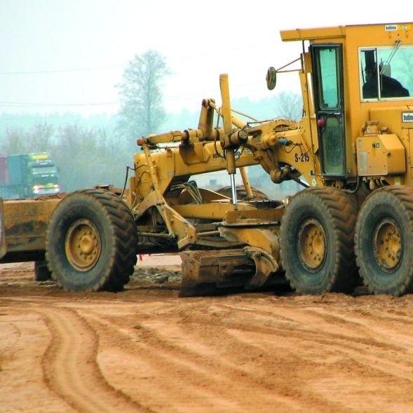 Drogowcy remontują drogę krajową nr 61