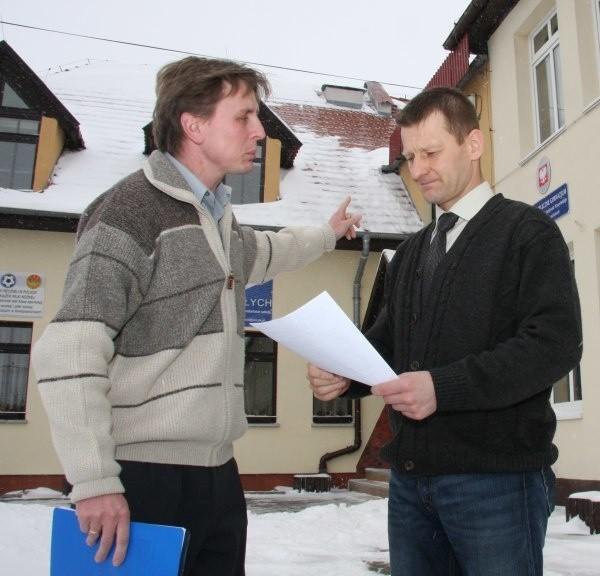 Leonard Pietuszka i Arkadiusz Tabisz uważają, że trzeba iść z duchem czasu i  korzystać z odnawialnych źródeł energii.