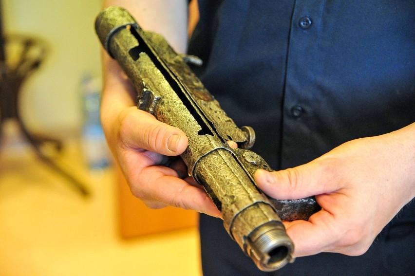 Ponad 40 jednostek broni palnej pochodzącej z czasów I i II...