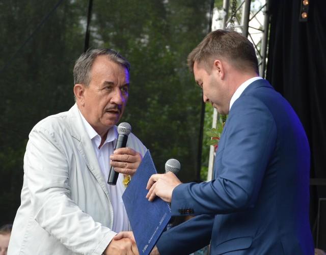 Marszałek Wojciech Kozak i wójt Pałecznicy Marcin Gaweł