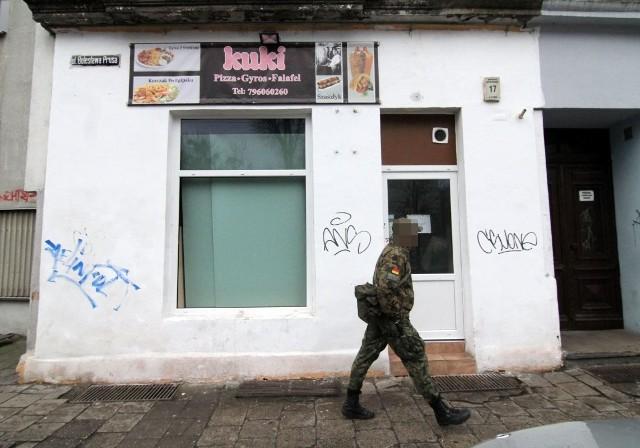 Wrocław: Atak na bar z kebabem. Wrzucili butelkę z benzyną
