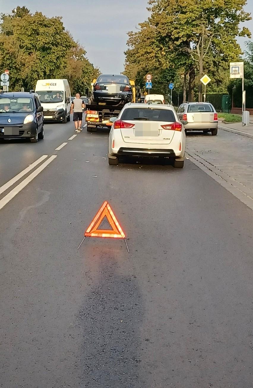 Wypadek i spore utrudnienia na ulicy Kasprowicza we...