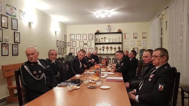 - Członkowie OSP pełnią bardzo ważną funkcję społeczną - zaznacza Jakub Kocho-wicz. - W swoich miejscowościach  często są liderami, angażującymi się w sprawy lokalne.
