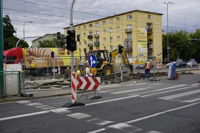 W 2018 roku na skrzyżowaniu ulic Grunwaldzkiej i Grochowskiej było przebudowywane torowisko. Teraz będzie wymieniana tam nawierzchnia