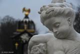 Pałac Branickich. Nowe rzeźby w fontannach Ogrodu Branickich (zdjęcia)