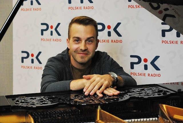 Adam Kośmieja nagrał solową płytę z utworami na fortepian polskiego kompozytora Kazimierza Serockiego.