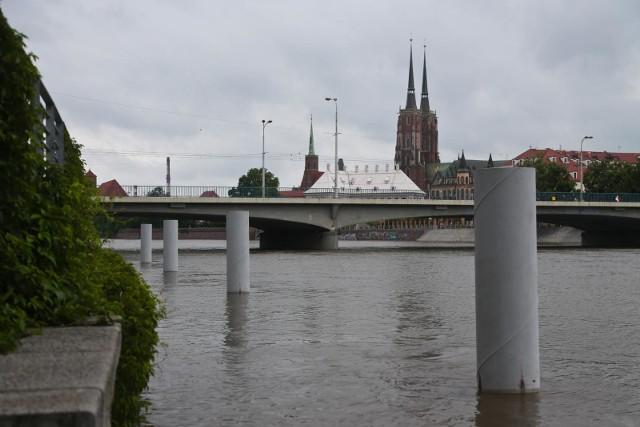 Jesteśmy lepiej przygotowani na powódź niż 10 lat temu - zapewniają urzędnicy