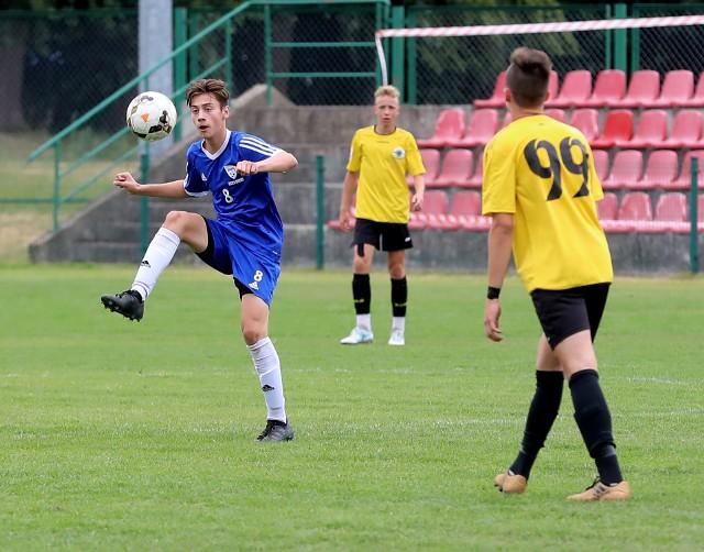 Dawid Kośmider jest jednym z piłkarzy FASE, którzy są obserwowani przez szkoleniowców juniorskich reprezentacji