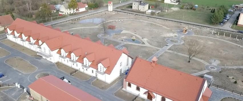 Dom seniora Paulinka z kaplicą w Pawłowicach.