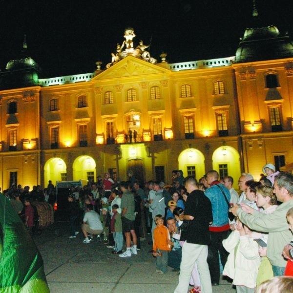 Pałac Branickich to jeden z piękniej oświetlonych budynków w mieście