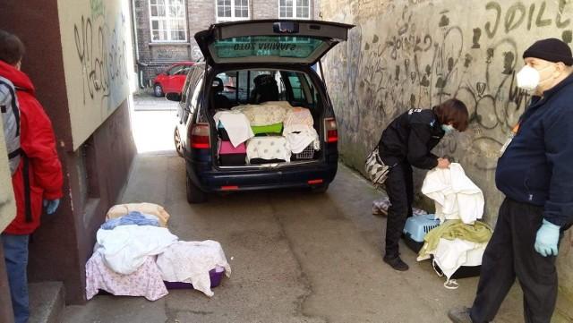 We wtorek, 30 marca policja wraz z OTOZ Animals oraz Fundacją Obrony Praw Zwierząt Anaconda interweniowali w mieszkaniu u kobiety z Gorzowa Wielkopolskiego