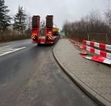 Wrocław. Na Wojnowie powstaje droga prowadząca do nowego przystanku kolejowego