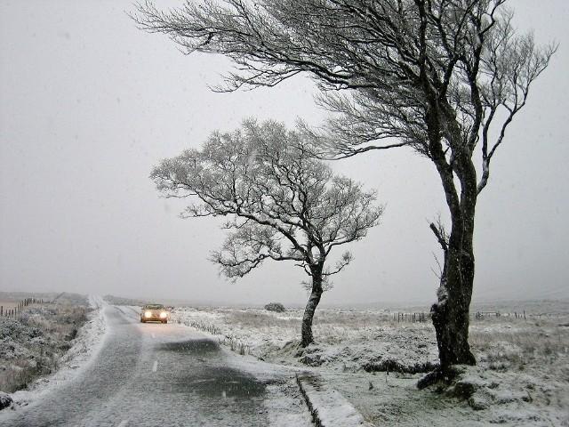 Niż Jarosław nad Polską. Czy spadnie śnieg?