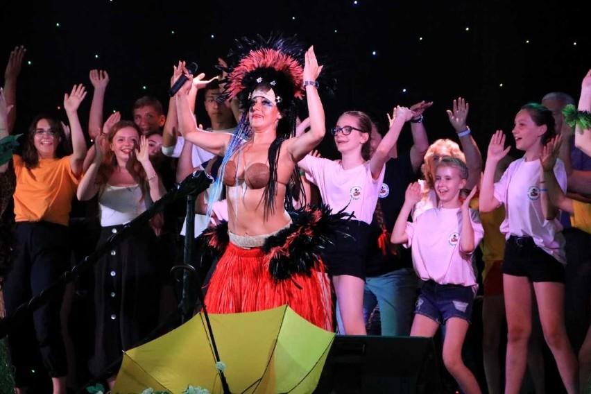 Tańczyli zarówno najmłodsi uczestnicy imprezy….