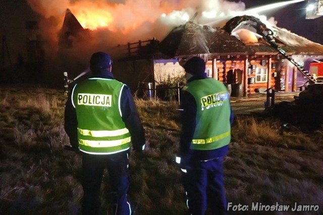 Policja szuka świadków pożaru Gospody Polskiej w Szczyrku