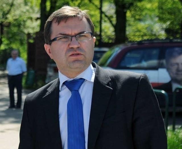 Zbigniew Girzyński zaszczepił się 25 stycznia jako niemedyczny pracownik UMK?