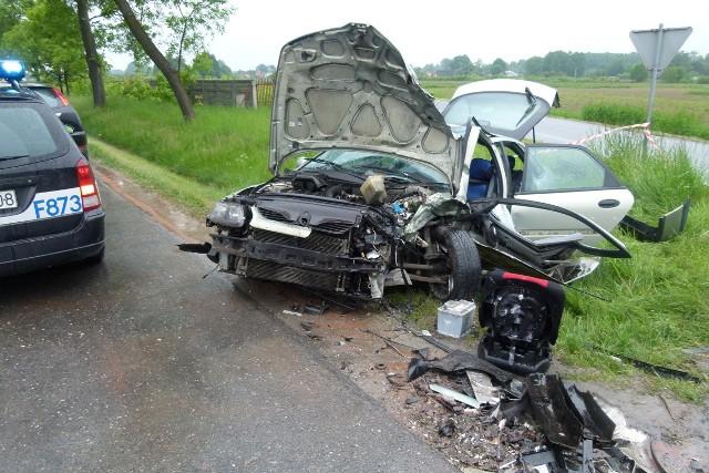 4 osoby zostały ranne w wypadku na drodze krajowej nr 14 w Dobroniu