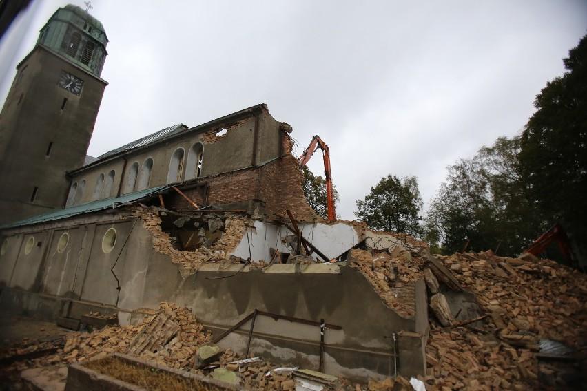 Wyburzenie kościoła było zaplanowane od dawna, bo nie nadaje się do remontu ze względu na szkody górnicze. Parafianie nie kryją żalu.