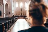 Zmartwychwstał i żyje do dziś! A co to znaczy dla nas? Rozmowa z ks. Krzysztofem Kralką