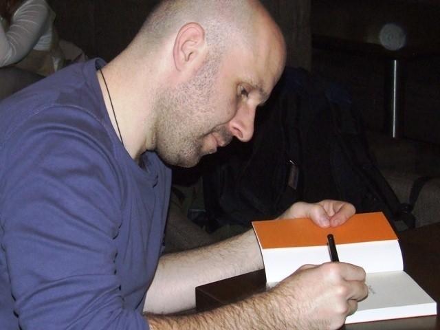 """Artur Przybysławski jest autorem kilku publikacji na temat buddyzmu, najnowsza to """"Pustka jest radością"""""""