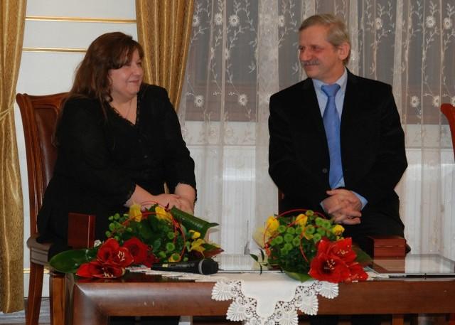 Teresa Radziewicz oraz Maciej Szumski, właściciel firmy Plum - laureaci juchnowieckiej nagrody