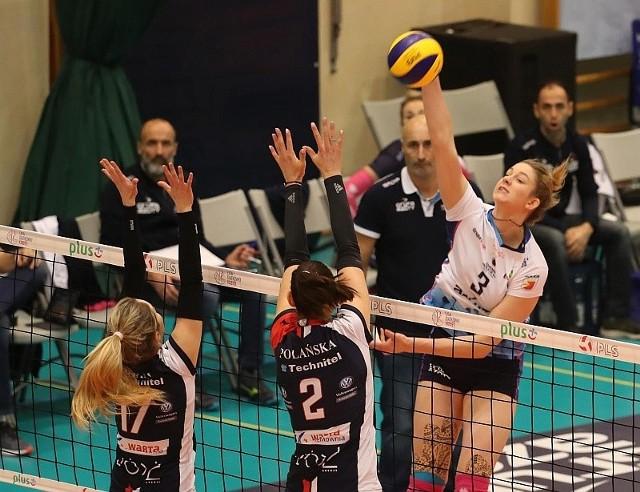 Magdalena Stysiak nie tak dawno walczyła przeciwko Grot Budowlanych. Teraz będzie zdobywać punkty dla tego zespołu