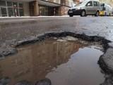 Oto najbardziej dziurawe ulice w Koszalinie. Tu przetestujesz zawieszenie! [ZDJĘCIA]