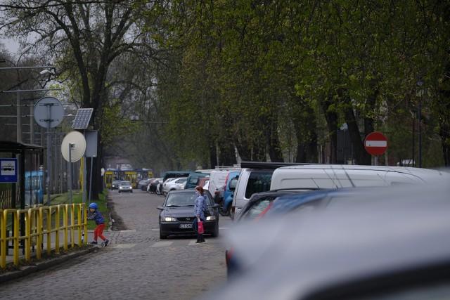 Debata w sprawie przyszłości ulicy Bydgoskiej rozpocznie się we wtorek 18 maja o godz. 17.30. Będzie prowadzona i transmitowana w internecie