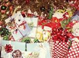 """""""Świąteczna Paczka"""". Niosą pomoc na święta dla seniorów"""