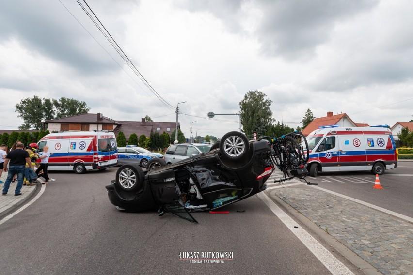 Zdjęcia z wypadku w Knyszynie wykonał Łukasz Rutkowski -...