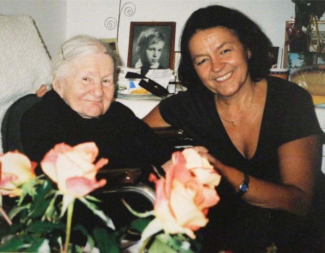 Irena Sendlerowa (na zdjęciu po lewej) dożyła pięknego wieku 98 lat.
