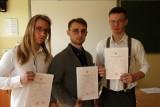 Zakończenie roku szkolnego w Zespole Szkół Rolniczych w Cudzynowicach. Uczniowie odebrali świadectwa (ZDJĘCIA)