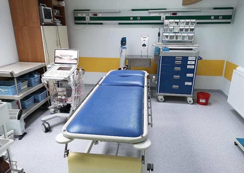 W szpitalach zajętych jest prawie 7 tysięcy tzw. łóżek covidowych. Ponadto w użyciu jest 540 respiratorów.