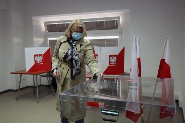 Wybory w czasie epidemii koronawirusa.