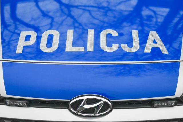 W Bydgoszczy kobieta wpadła na kradzieży w sklepie. To nie był jej pierwszy zatarg z prawem.